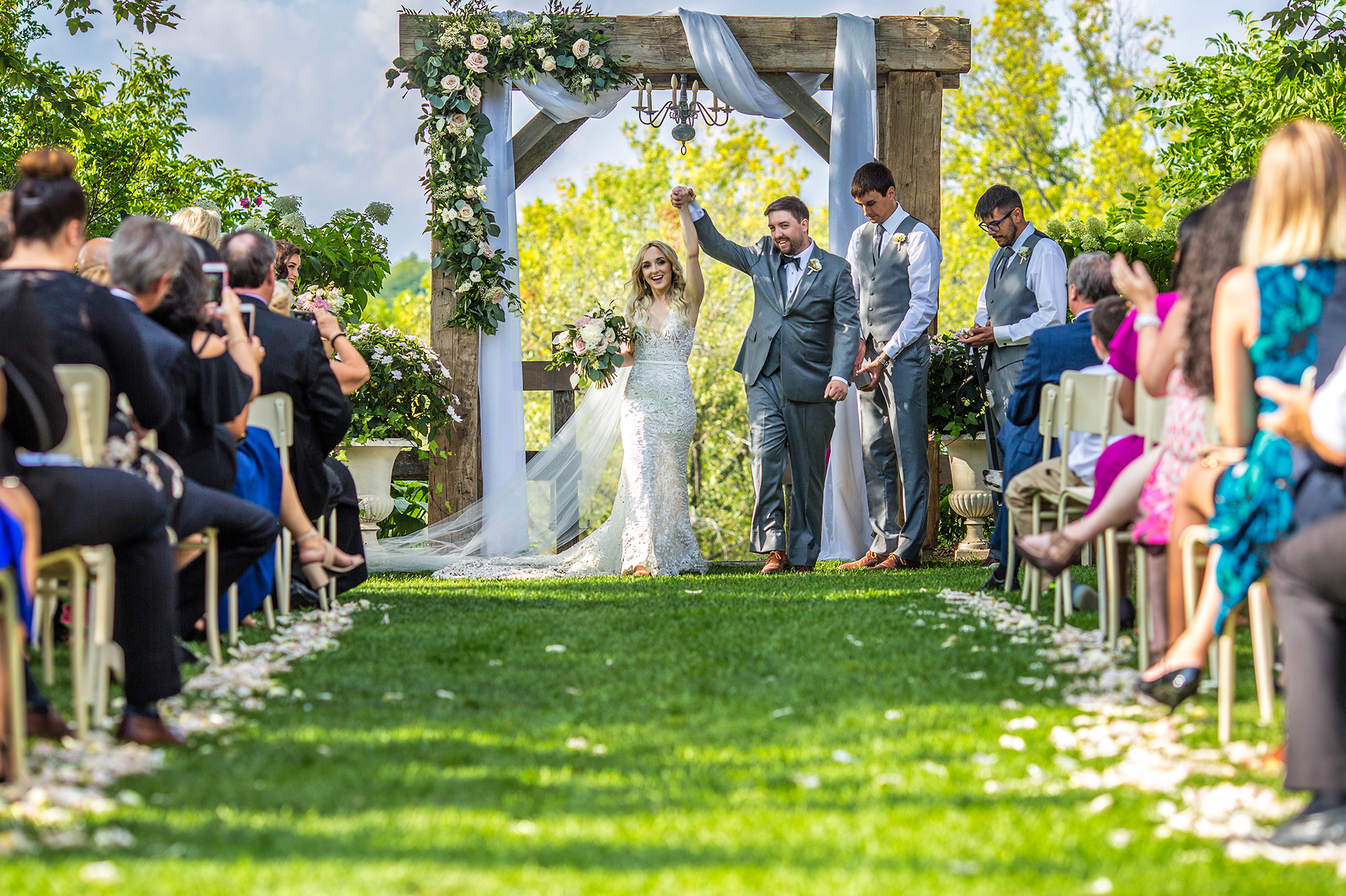 This images shows off our wedding photography skills during a ceremony
